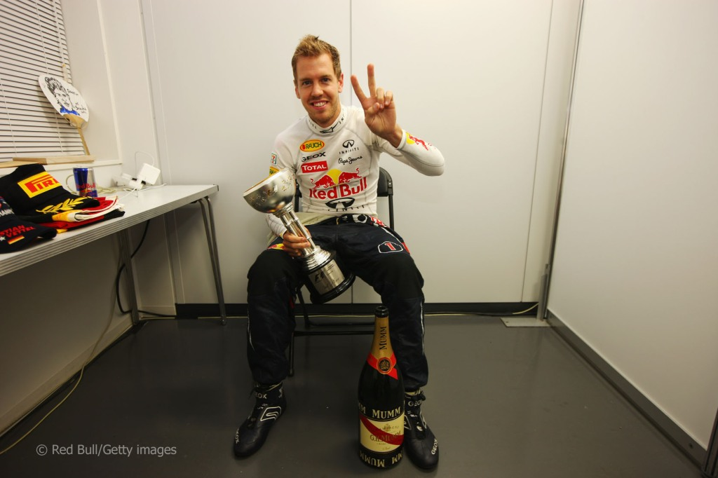 THE WONDROUS CASE OF SEBASTIAN VETTEL AND RBR 2011