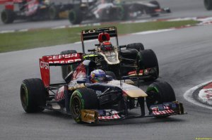 Motor Racing - Formula One World Championship - Malaysian Grand Prix - Race Day - Sepang, Malaysia