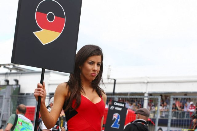 Someone suggested I should just post grid girls instead of a review. Well, here is one at least.